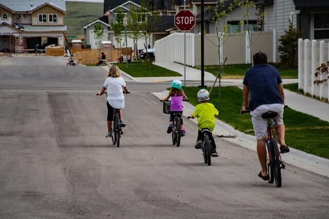 family-bond-through-exercise